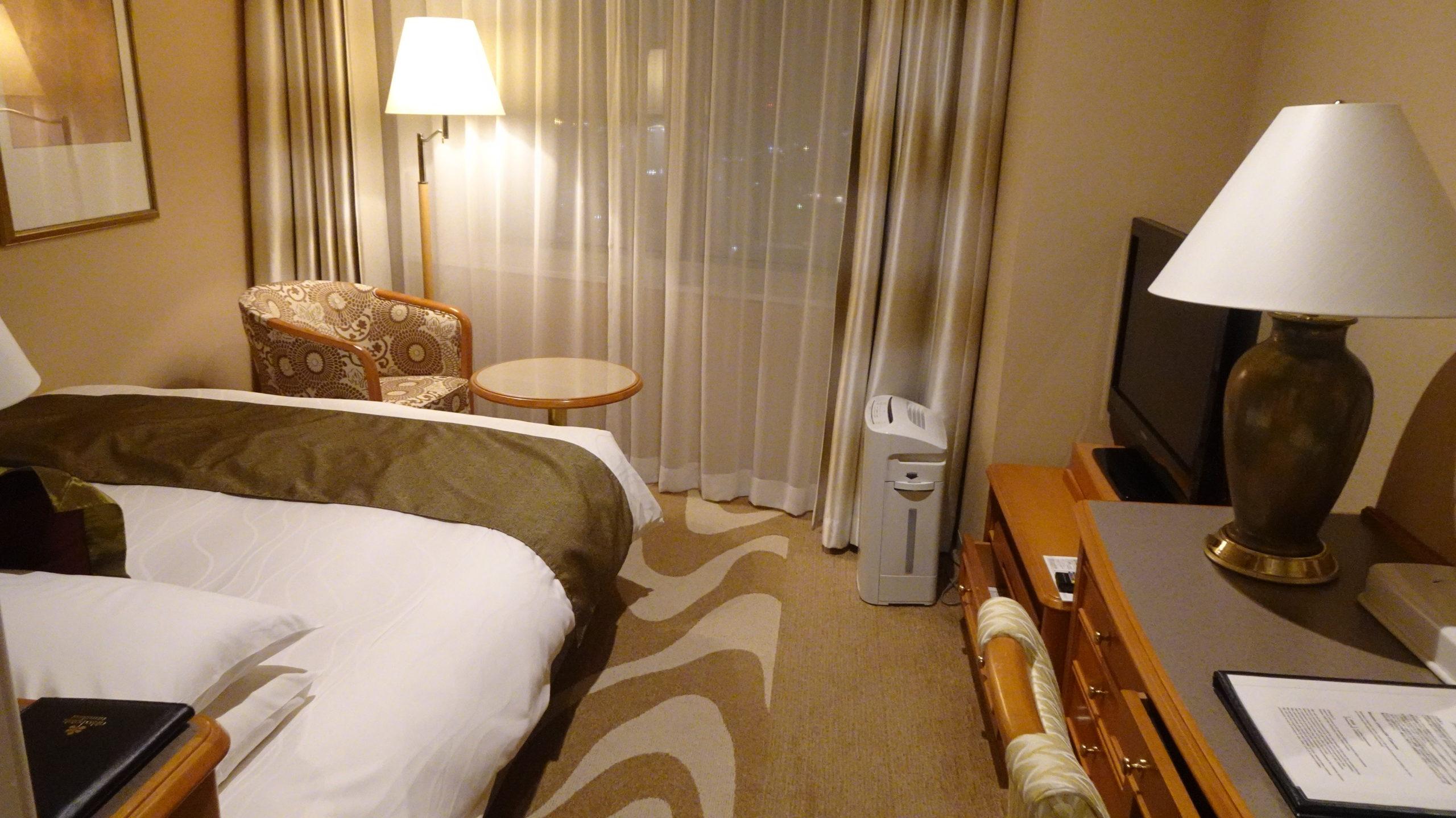 ホテル日航金沢のコンフォートダブルの室内