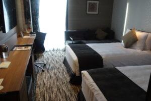 ストリングスホテル名古屋のデラックスツインルームの全景