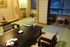 川治温泉にある湯けむりの里柏屋の客室