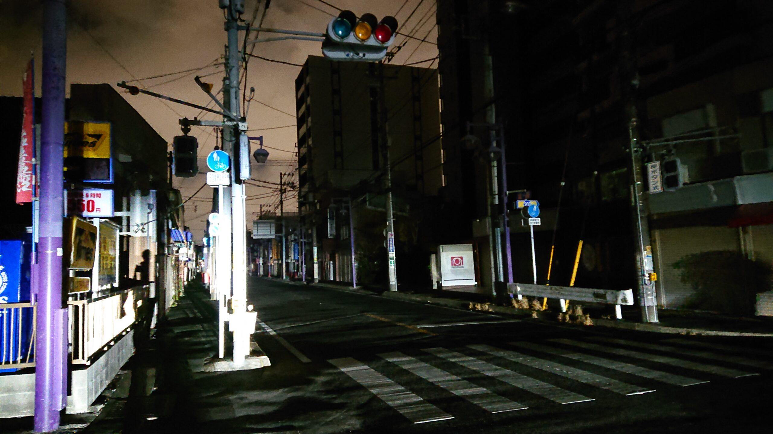 大地震で停電になった国道14号線
