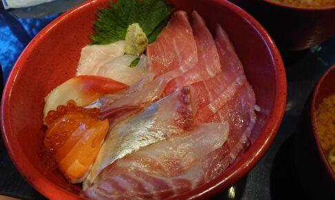 田舎レストランじんべえの海鮮丼