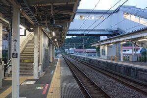 宇佐美駅ホーム