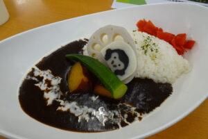 千葉市動物公園の森のレストランのゴリラブラックカリー