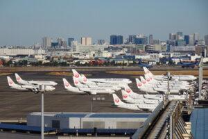 羽田空港での駐機場にJAL機がいっぱい